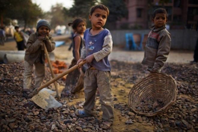 Детский труд в индийских шахтах